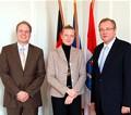 Von links nach rechts Herrn Regierungsvizepräsident Dr. Wilhelm Kanther, Frau Staatssekretärin Prof. Dr. Hölscher und Herrn Regierungspräsident Johannes Baron