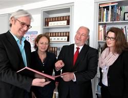 Eckpunktepapier untezeichnet / Bild: Wissenschaftsstadt Darmstadt / Amt für Wirtschaft und Stadtentwicklung
