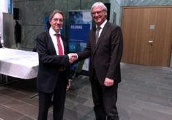 Prof. Waidner und Jochen Partsch - Bild: Fraunhofer SIT