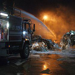 Brand Entsorgungsunternehmen / Bild: Feuerwehr Darmstadt