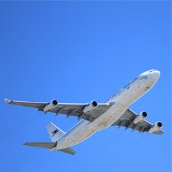 Flugzeug
